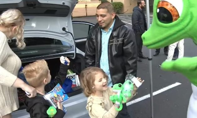 A local veteran family gets big surprise at the Beaverton GEICO office