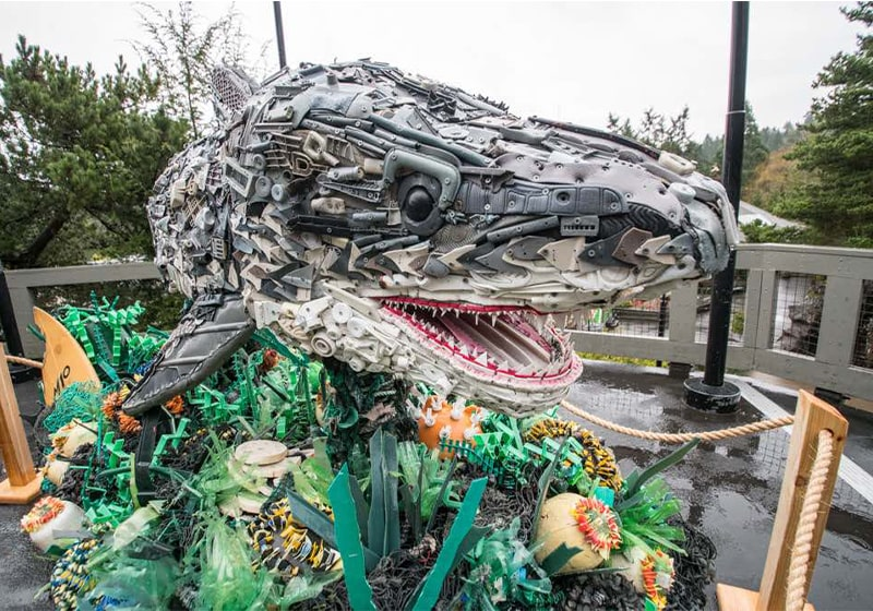 Giant sea-life sculptures wash ashore at Oregon Zoo