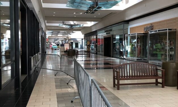 Washington Square Mall was empty! My story as a Beaverton delivery driver